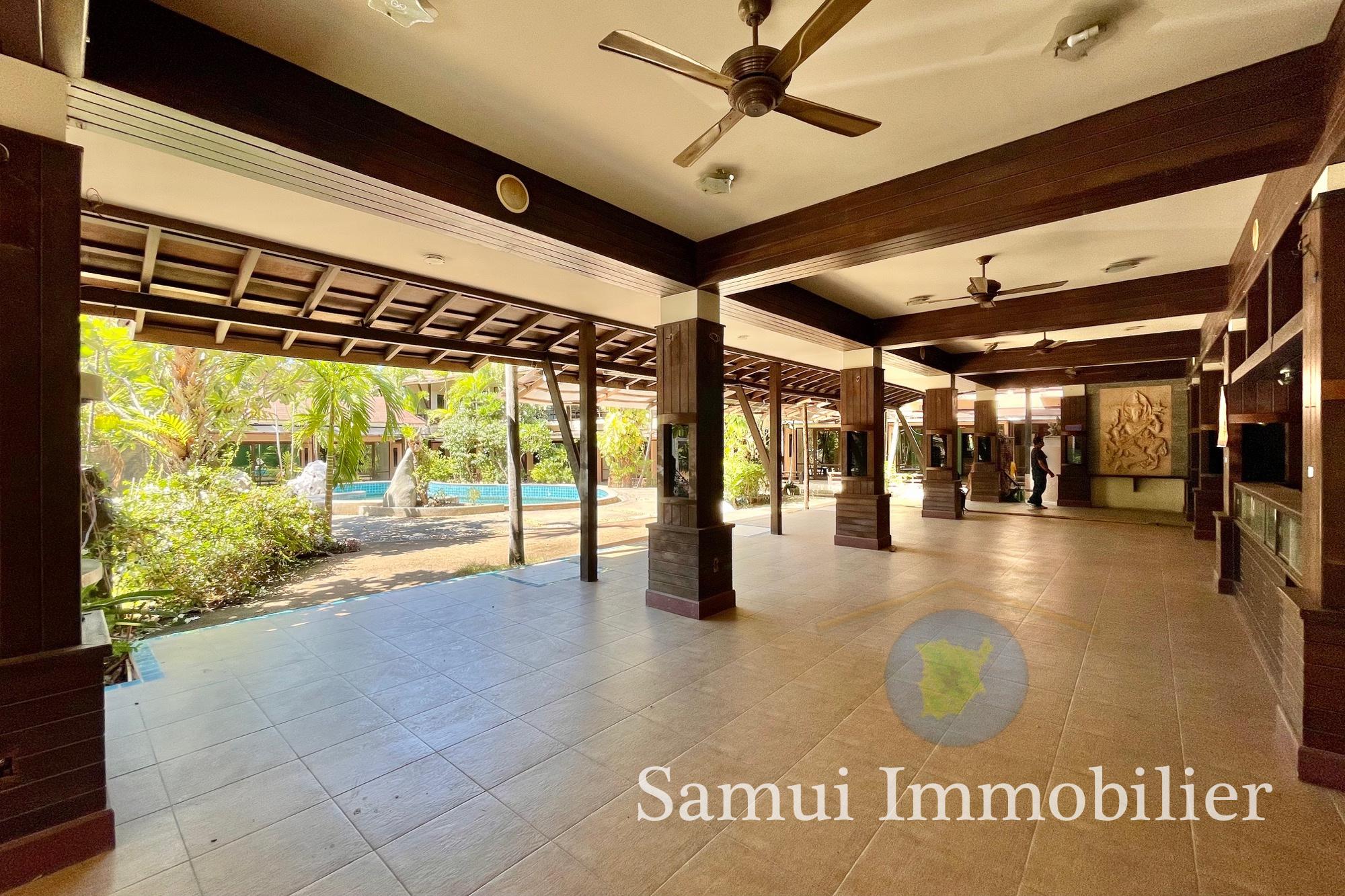 Hôtel à vendre - 33 chambres - Lamai